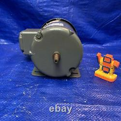Baldor Reliance M3353 Industrial Electrical Motor, 1/8 HP, 230/460 V, 1/. 5 A, 17