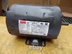Dayton 31TT14 3/4 Hp Industrial Electric Motor 3 Phase 208-230/450 Volt 1725 Rpm