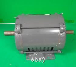Lincoln Electric Ultimate E1 Industrial Motor Mod # SD4P5TTM61 5 HP, 230/460V