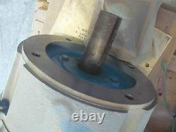 Reliance Electric P211g1001l High Effeciency Industrial Motor 7.5hp 3505 RPM New
