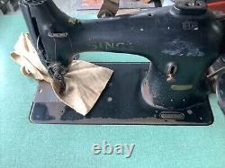 SINGER 95-80 Sewing Machine/Table w EZ Clutch Motor