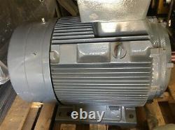 Nouveau Siemens 84kw 112 HP 3575 Tr/min 480v 60h 122a Moteur Électrique Industriel