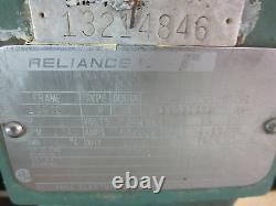 Triclover Tri-flo Pump C218md18t-s Avec 5 HP Reliance Electic 3 Ph Motor 1745 Tr/min