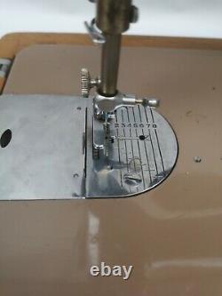 Vintage Electric Singer 201k Semi Industrial Sewing Machine Avec Moteur Et Boîtier